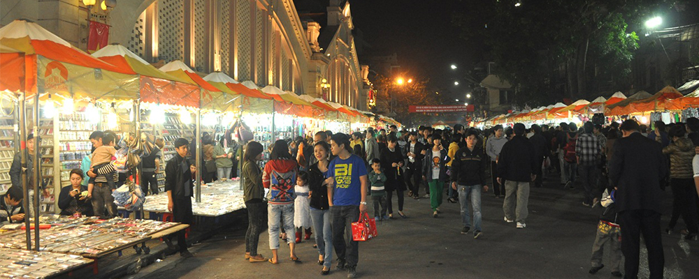 Hanoi night market