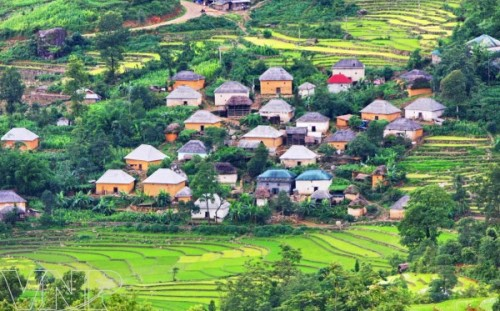 Exploring the cloudy-land of Y Ti in Lao Cai Province