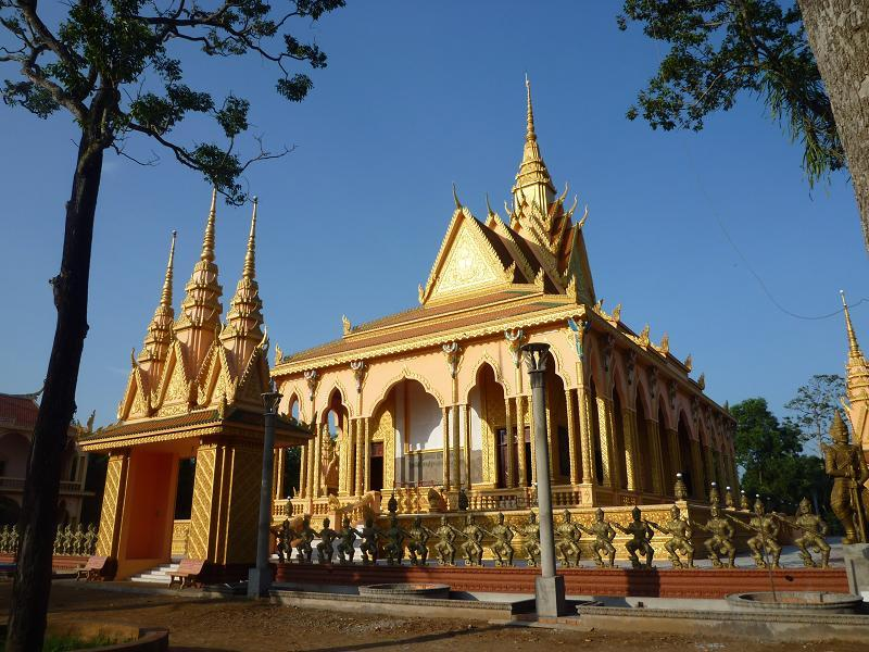Co temple, Visiting Southern province of Tra Vinh